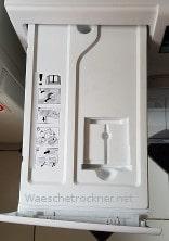 Der Wasserbehälter der nach jedem trocknen von Ihnen reinigen  sollten.